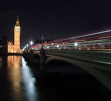 London Traffic by nicolelisaphoto