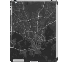 Helsinki, Finland Map. (White on black) iPad Case/Skin