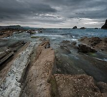 First light at Mupe bay by Guy  Berresford