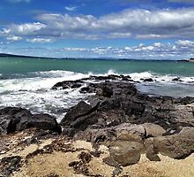 Takapuna Beach, New Zealand by Janine Barr