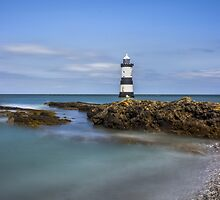 Penmon Lighthouse v2 by Ian Mitchell