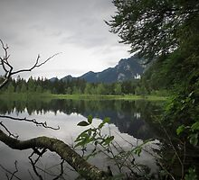 Alpine lake reflections by xtie