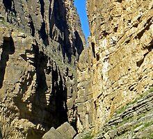 Santa Elena Canyon by gcampbell