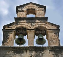 Twin bells by Arie Koene
