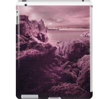 Infra Red Seaweed Rock , Broad Haven, Pembrokeshire iPad Case/Skin