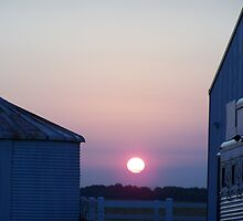 Sunrise at the Farm by cabmusic