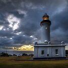 Nora Head Lighthouse. by DaveBassett