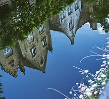 Reflected Houses by giovanibr