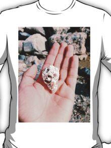 Skull shell. T-Shirt