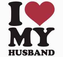 I love my husband by Designzz