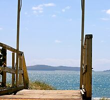 Beautiful Day - Capricorn Coast,  QLD.  Australia.  by Margaret Stanton