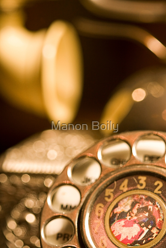 the phone by Manon Boily