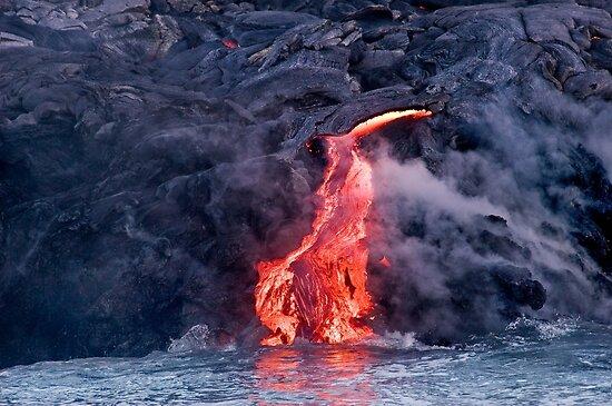 Lava Flow at Kalapana 2 by Alex Preiss