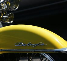 "Yellow #DSC7943; Sun roostin' on the ""DELUXE""; La Mirada, CA USA by leih2008"