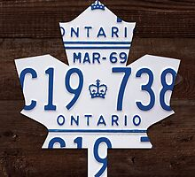 Toronto Maple Leafs Wood License Plate Art - Dark Stain by Route401