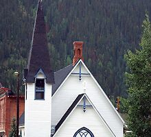 All The Chapel Bells Were Ringing by Loree McComb