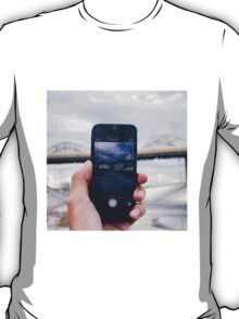 Iphone/6th St viaduct T-Shirt