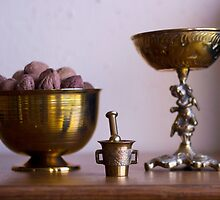 Old Accessories/Old-fashioned House - Macro Photography by JuliaRokicka