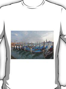 Gondolals in front of San Giorgio Maggiore Venice Italy T-Shirt