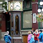 Gastown Steam Clock by phil decocco