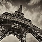 La Tour Eiffel by Rob Hawkins