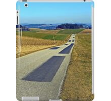 Country road into nothing particular | landscape photography iPad Case/Skin