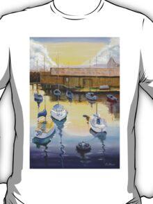 Port Adelaide Sailiing Club Yatchs  Mac Lawries Boatshed 2004  T-Shirt