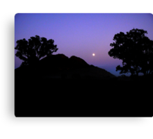 Early rising over the Warrumbungles  Canvas Print