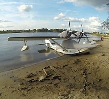 Parking seaplane by mrivserg