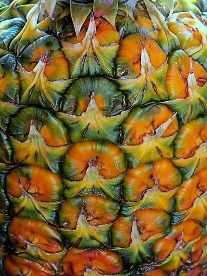 Pineapple Pattern by trueblvr