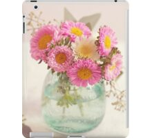 Pink and White bouquet iPad Case/Skin