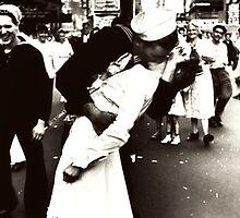 WWII Times Square Kiss by MyLifeAsLiz