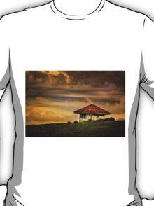 Hut in Colour... T-Shirt