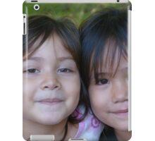 cousins - primas iPad Case/Skin
