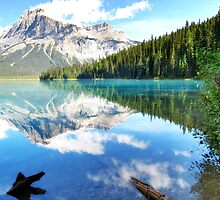 Emerald Lake, Banff Canada by Yool
