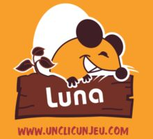 Un Clic Un Jeu (Luna) T-Shirt
