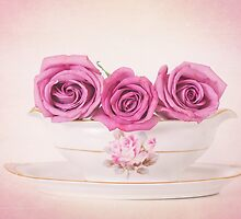 Mauve Roses in a Gravy Boat by carolynrauh