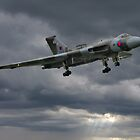 Vulcan on Final Approach - Farnborough 2014 by Colin J Williams Photography