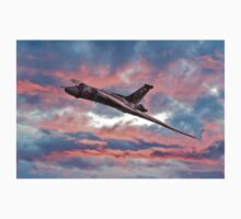 Avro Vulcan at Dawn Kids Clothes
