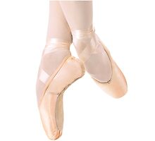 Pointe Shoes by rebecca0007