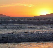 Sunset Waves by Henrik Lehnerer