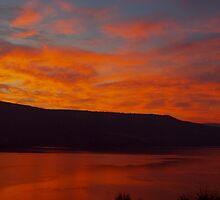 Lake Okanagan Sunrise by ldredge