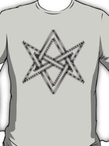 Unicursal hexagram, magical symbol, magick, ritual, spell T-Shirt