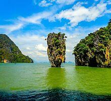 James Bond Island - Thailand by Luke Farmer