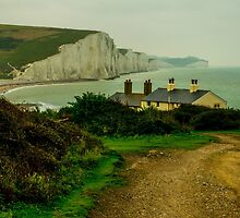 The white cliffs of Seven Sisters beach in Seaford, UK by Luke Farmer