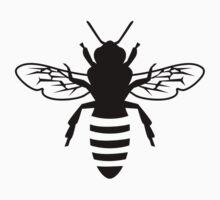 Bee by Designzz