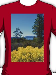 BIG BEAR LAKE WITH BRIGHT YELLOW FALL FLOWERS T-Shirt