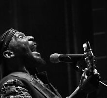 BLACK & WHITE Jimmy Cliff is even more beautiful, more beautiful, a living legend in the picture ... valued by the Black and White ... The Most Beautiful calendar Jimmy Cliff   by okaio caillaud olivier