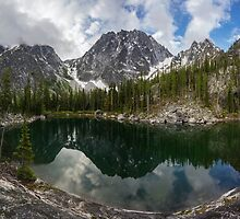Enchantments Colchuck Alpine Lake Beauty by mikereid