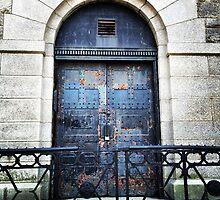 Central Park Door, at Reservoir  by Lagoldberg28
